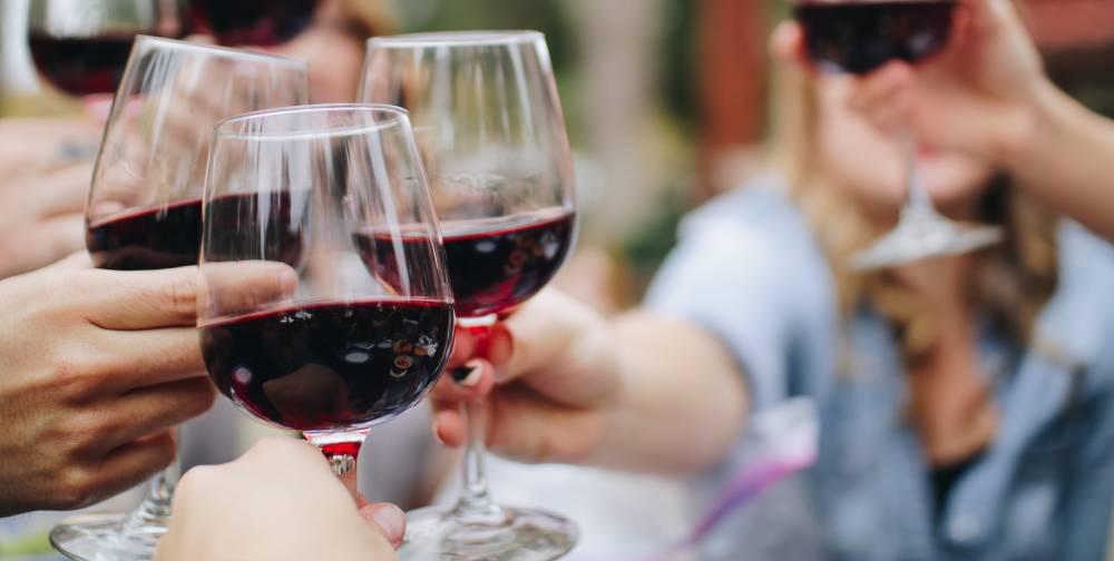 cata de vino, cata, sumiller, enólogo, barrica
